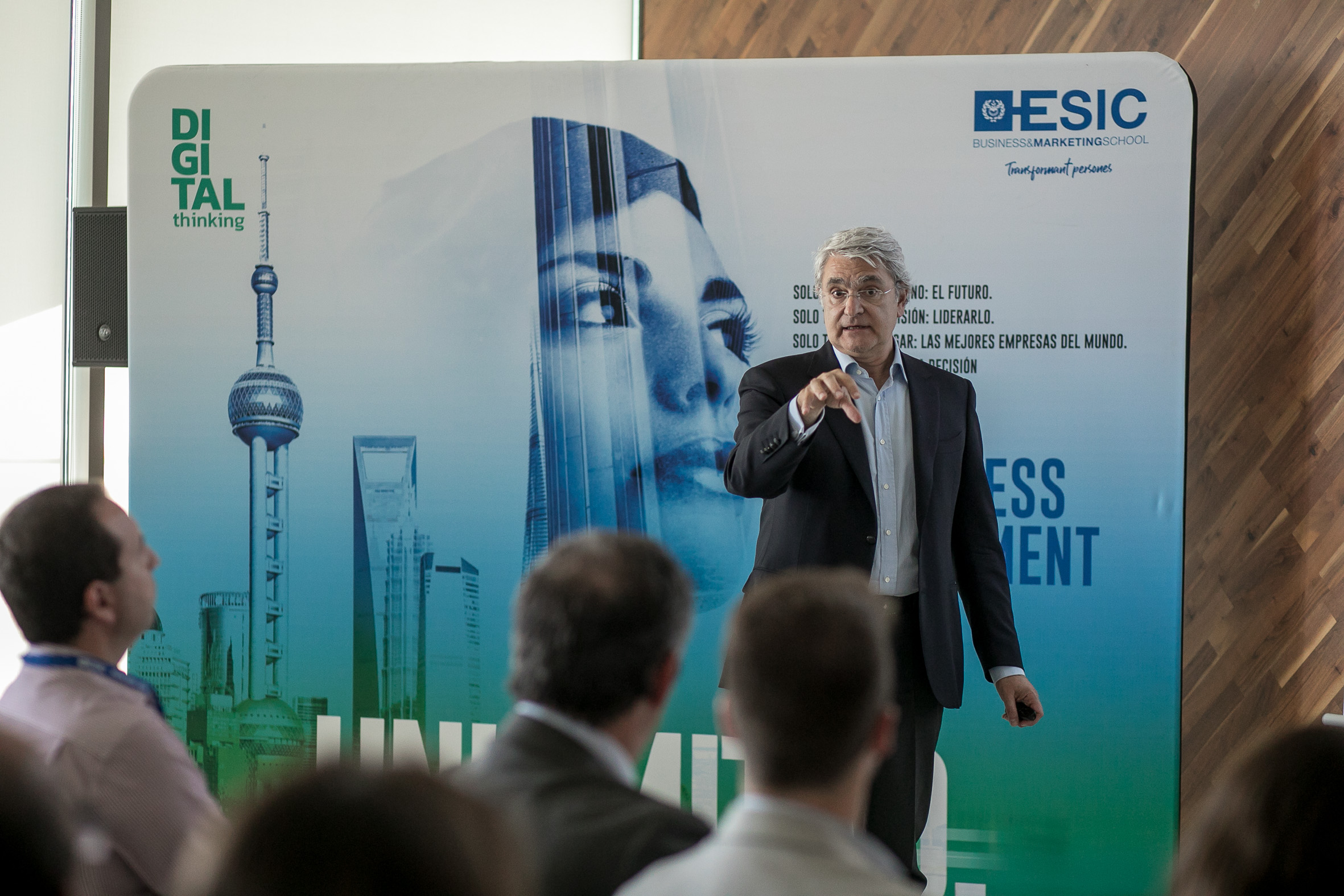 Javier Rovira Ruiz, durante la presentación del Master in Management