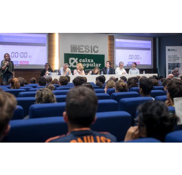 Más de 600 participantes en el Case Hackathon de ESIC Business & Marketing School y Caixa Popular