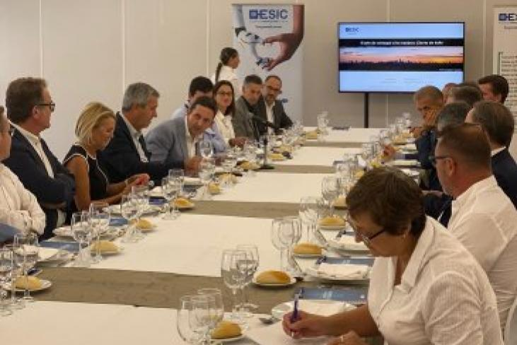 ESIC Business & Marketing School, FAES y Fomento AIC organizan un almuerzo de Empresas para impulsar el networking